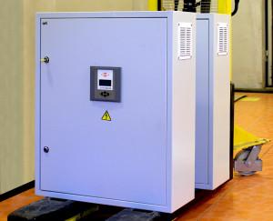 Регулируемые конденсаторные установки напряжения 6,3-10,5 Кв (АКУ)